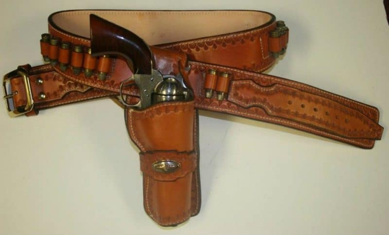 Quick draw Apache Scout holster